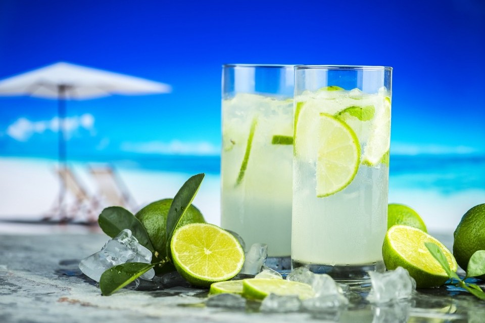 chiringuitos-de-playa-hotel-costa-azul-0-960x639